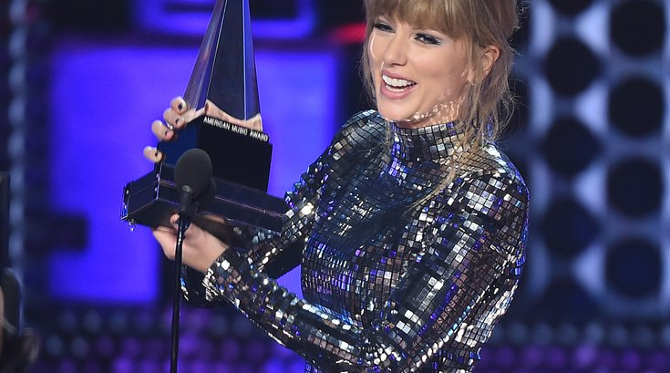 taylor swift amas 2018