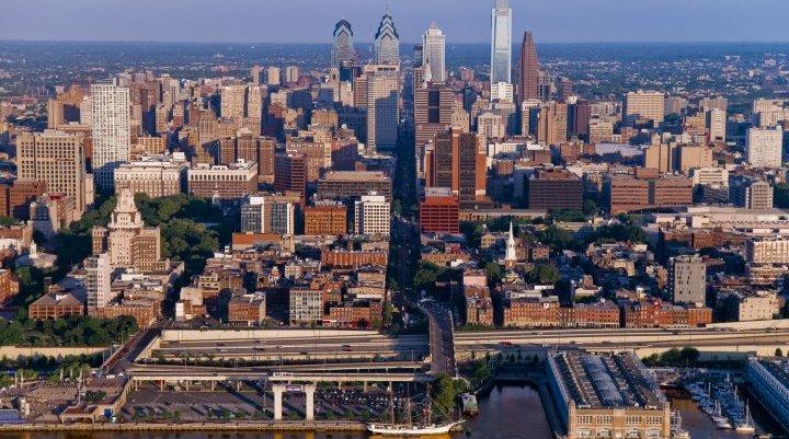 Philadelphia skyline visit Philadelphia