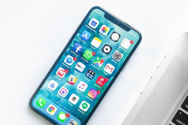 smartphone unsplash