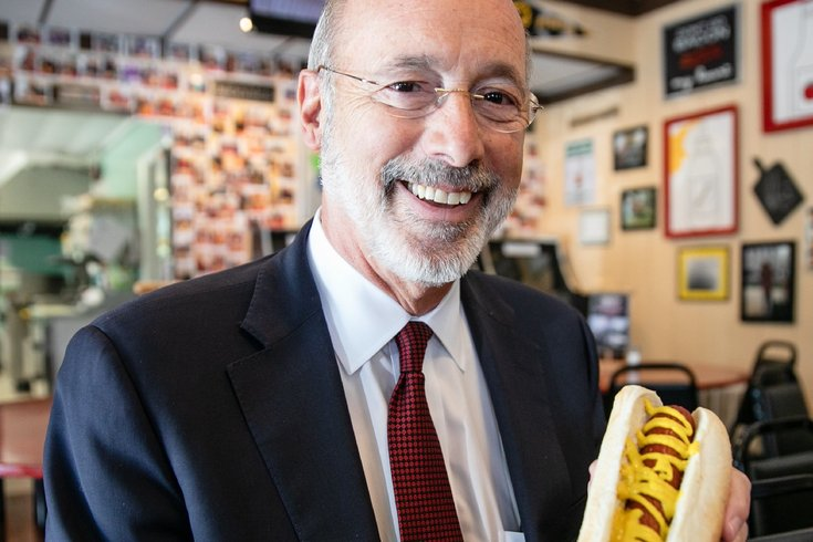 Gov. Tom Wolf hot dog sandwich