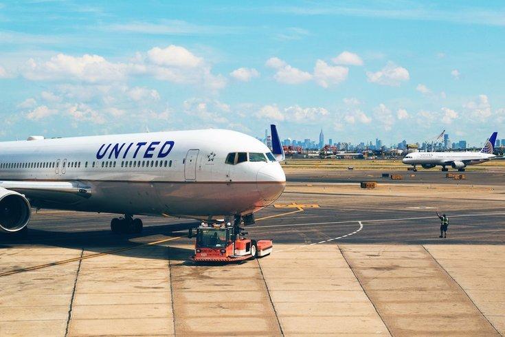united airlines unsplash