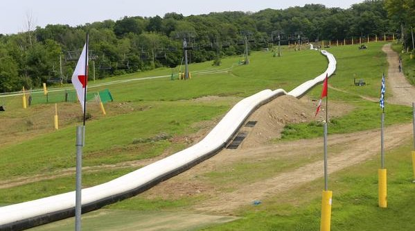 Water Slide Action Parl